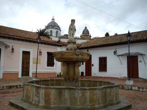 SECTOR_HISTÓRICO_TUNJA_-_EL_MONO_DE_LA_PILA._A_Pulido-Villamarin