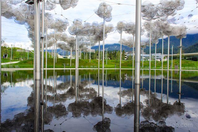 austria-innsbruck-wattens-mundo-cristal-swarovski-nubes-reflejo