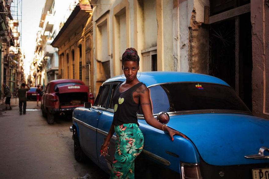 different-countries-women-portrait-photography-michaela-noroc-havana-cuba